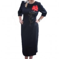 Rochie neagra cu maneci trei-sferturi prevazuta cu broderie