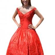 Rochie rosie de gala, din material cu tinuta si croi asimetric