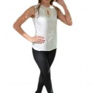 Top tineresc in nuanta de alb cu design de perle si strasuri
