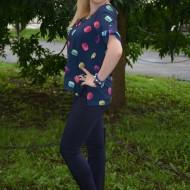 Bluza deosebita bleumarin cu imprimeu tineresc, masura mare