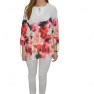 Bluza eleganta, cu maneci trei-sferturi, design floral pe fundal alb