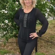 Bluza fashion de culoare neagra cu strasuri si dantela in fata