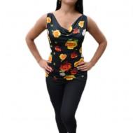 Bluza lejera de culoare neagra cu design de flori viu colorate