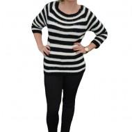 Bluza rafinata, de culoare alb-negru cu dungi late