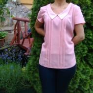 Bluza subtire, roz, cu rever ascutit si model de fronseuri