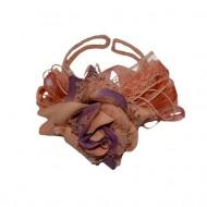 Bratara in forma de trandafir, nuanta de maro deschis