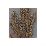 Brosa eleganta cu strasuri fine, albe, galben, negru, fond auriu