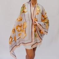 Esarfa chic, model elegant cu imprimeu floral multicolor