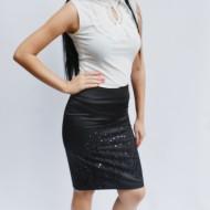 Fusta scurta tip creon, nuanta de negru cu design argintiu