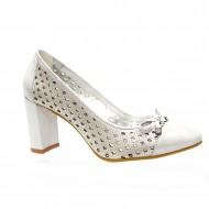Pantof elegant cu toc gros, inalt, si design de perforatii, argintiu