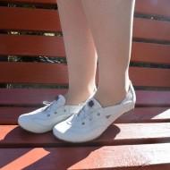 Pantof sport din piele naturala, cu elastic lateral, in nuanta alba