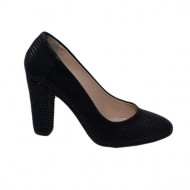 Pantof tineresc aspect modern, patratele lucioase pe fond negru