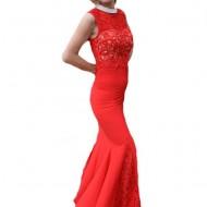 Rochie de seara lunga, culoare rosie, cu insertii de dantela