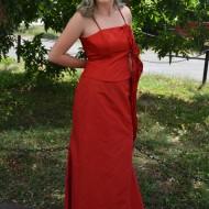 Rochie eleganta, de culoare rosie din tafta fina