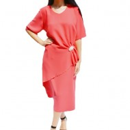 Rochie eleganta ,facy cu accesoriu stralucitor de culoare rosu-sidef