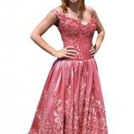 Rochie fashion de seara, nuanta de roz cu margele aplicate