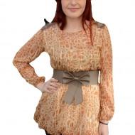 Bluza deosebita, de culoare maro deschis, cu design de cercuri
