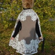 Cardigan fashion cu croi modern, asimetric, de culoare bej