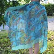 Esarfa tinereasca de culoare albastra cu imprimeu deosebit