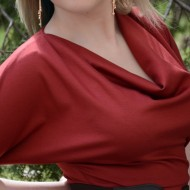 Rochie casual, feminina , de culoare bordo deschis cu fronseuri