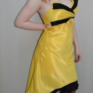 Rochie de seara, galbena cu detalii negre, de lungime asimetrica