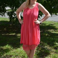 Rochie de vara midi, cu insertii de broderie, de culoare roz