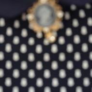 Rochie feminina culoare bleumarin cu imprimeu de buline albe
