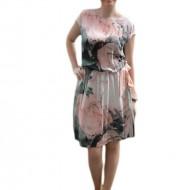 Rochie tinereasca cu imprimeu rafinat, model scurt cu croi lejer