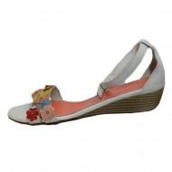 Sanda tinereasca cu talpa joasa, design de floricele multicolore