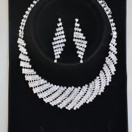Set fashion de colier reglabil si cercei lungi cu surub, argintii