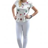 Bluza de vara cu design original, fond alb imprimeu multicolor