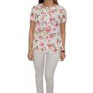 Bluza Gabriela, cu design de flori roz, pe fundal alb