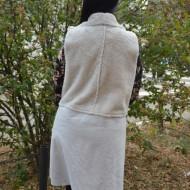 Cardigan tip vesta Sonia din piele intoarsa cu insertii de blanita ,nuanta de alb