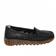 Pantofi perforati cu model si talpa deosebita,negru