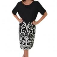Rochie casual-eleganta, design alb pe fundal negru, masura mare