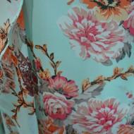 Rochie de culoare turcoaz, cu suprapunere de voal