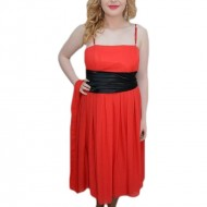 Rochie eleganta, de lungime medie, din voal, culoare rosie