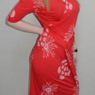 Rochie fashion, nuanta de rosu, design floral fin