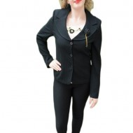 Sacou elegant, cu bluza roz pudra, inclusa in pret, clasic, pe negru