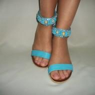 Sanda cu toc mediu de culoare albastra, feminina cu strasuri