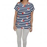 Bluza casual, cu design in dungi si ceva imprimeu de cuburi, pe fundal alb-bleumarin