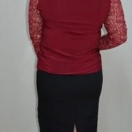 Bluza de ocazie nuanta marsala, cu maneca lunga din dantela