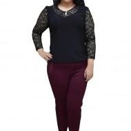 Bluza eleganta masura mare, cu dantela fina, de culoare neagra