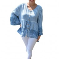 Bluza lejera Carina cu insertii de dantela ,nuanta de albastru deschis