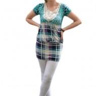 Bluza trendy cu dantela, elastic in talie si imprimeu turcoaz