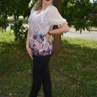 Bluze cu maneca scurta, croi drept pe silueta, albe-roz