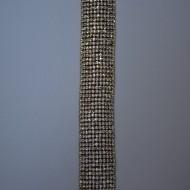 Bratara lata cu strasuri incolore aplicate simetric pe fond auriu