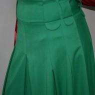 Fusta clasica, de culoare verde