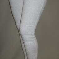 Pantaloni casual, multati, moderni, in nuante albe
