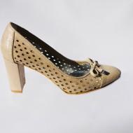 Pantof elegant cu toc gros, inalt, si design de perforatii, auriu